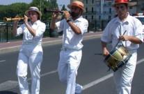 Les musiciens de la farandole Biterroise aux joutes d'Agde